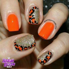 drama queen nails | orange nails & animal print