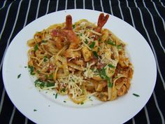 Pan fried Prawns with Linguini in Sauce Provencal