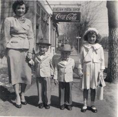 1950 Family, Mom & kids