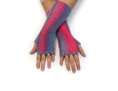 Striped fingerless gloves in soft acrylic Pink and Blue shades by TinyOrchids
