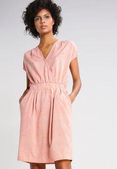 Kleding ICHI BRUCE - Korte jurk - rose dawn/cloud Rosa: € 29,95 Bij Zalando (op 3-5-17). Gratis bezorging & retournering, snelle levering en veilig betalen!