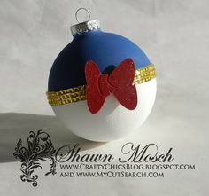 Donald Duck Christmas ornament using rhinestone sticker sheet from @Becky Hui Chan Hui Chan Quach Embellishments