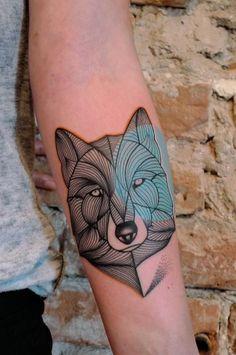 50 Geometric and Blackwork Wolf Tattoos | Tattoodo.com
