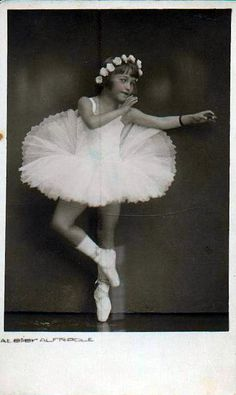Vintage Postcard ~ Ballet Dancer