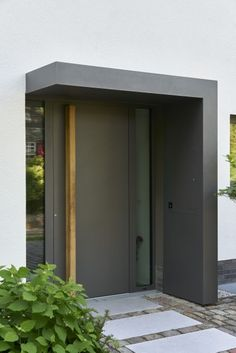 Entrance door - House ideas - Haustür - Hausideen - You are in the right place about residential Entrance Here we offer you the most beautiful pictures about the Ent Door Canopy Modern, Modern Entrance Door, Front Door Entrance, House Front Door, House Doors, House Entrance, Entry Doors, Garden Entrance, Entrance Ideas