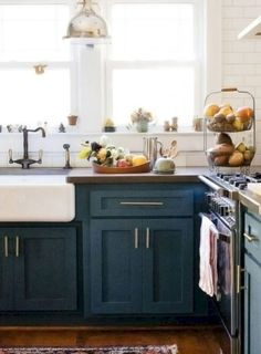 crushing hard on these kitchens painted in a multitude of dark blue hues. From a soft grey blue tone to a bold indigo shade, blue can either add a sense of calm or immense richness to the kitchen. Farmhouse Style Kitchen Cabinets, Home Kitchens, Kitchen Remodel, Kitchen Design, Kitchen Cabinet Design, Kitchen Inspirations, Kitchen Cabinet Styles, New Kitchen, Farmhouse Style Kitchen