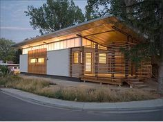 container house Container Buildings, Container Architecture, Houses Architecture, Architecture Design, Creative Architecture, Manufactured Home Porch, Manufactured Housing, Luxury Mobile Homes, Modern Mobile Homes