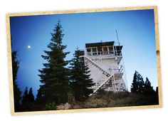 The hardest part about spending the night in Sierraville's historic Calpine fire lookout? Deciding what time of year to go! Set at 5,970 feet, this private and cozy overnight escape offers something for every type of adventurer, including spectacular 360-degree views thanks to its large windows and