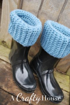 Free Crochet Boot Liner pattern from A Crafty House