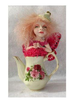 Pink Rose Teapot Tea Leaf OOAK Fairy  http://cgi.ebay.com/ws/eBayISAPI.dll?ViewItem=160947216420