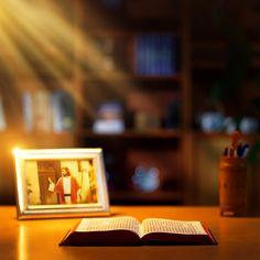 Τις έσχατες ημέρες, η διάθεση των Χριστιανών που περιμένουν την επιστροφή του Κυρίου Ιησού γίνεται πιο έντονη, όμως πώς ακριβώς θα επιστρέψει ο Κύριος; Ο χιουμοριστικός διάλογος με θέμα «Πώς ακριβώς έρχεται ο Κύριος» επιχειρεί να διαλύσει τις αμφιβολίες μας ως προς το θέμα. #Βιβλικοί_στίχοι #φωνη_κυριου #ιστορία_του_ευαγγελίου #Ιησούς_Χριστός #χριστιανισμόσ #περιμένοντας_τον_Κύριο #ευαγγέλιο #έλευση_του_Κυρίου #δεύτερο_ερχομό_του_Κυρίου #Οι_συνετές_παρθένες #πίστη_στον_Θεό