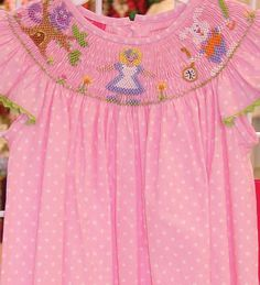 Adorable Alice in Wonderland dress. If I have a little girl she will have this! Alice In Wonderland Dress, Mad Hatter Tea, 3rd Birthday, Smocking, Tea Party, Little Girls, Sew, Dresses, 3 Year Olds