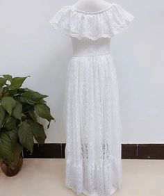 Such a lovely skirt and top set for your little girl. Features white lace top with button down back and colored tulle skirt. Flower Girl Dresses Boho, Lace Flower Girls, Lace Flowers, Girls Dresses, Skirt And Top Set, Birthday Dresses, Amazing Flowers, White Lace, Tulle