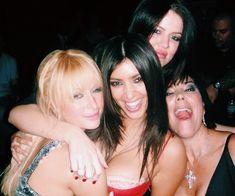 Imagem de kim kardashian and paris hilton Paris Hilton Kim Kardashian, Kardashian Jenner, Kylie Jenner, Kardashian Photos, K 2000, Jenner Family, Jenner Sisters, Celebs, Celebrities