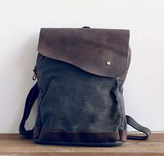 Variable Threads - Leather Satchel // Buy it hereor here   >>...