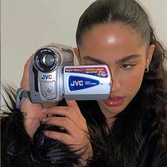 Aesthetic Photo, Aesthetic Pictures, Aesthetic Girl, Summer Aesthetic, Aesthetic Makeup, Look 80s, Look Girl, Insta Photo Ideas, Photo Dump