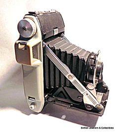 Kodak pocket folding vintage camera. Click on the image for more information.