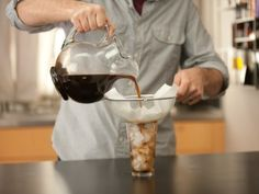 CCGTK-S5_how-to-make-cold-brewed-ice-coffee-10_s4x3