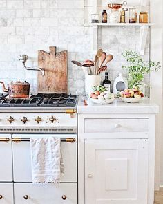 Astonishing Useful Tips: Peel And Stick Backsplash Ideas rusty tin backsplash.Peel And Stick Backsplash Over Tile beadboard backsplash apartment therapy.Peel And Stick Backsplash Plank Walls. Kitchen Decor, Kitchen Inspirations, Home Kitchens, Home, Kitchen Design, Kitchen Remodel, Kitchen Dining Room, Home Decor, Country Kitchen