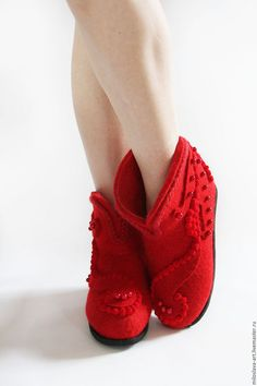 "Handmade Shoes.  Fair Masters - handmade.  Buy Short boots ""Ladushka"".  Handmade.  Bright red, winter shoes"