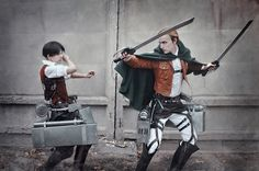 AMAZING cosplay ll Attack on Titan ll Special Operations Squad: Levi Ackerman and Erwin Smith Levi Cosplay, Cosplay Tumblr, Anime Cosplay, Captain Levi, Eruri, Levi Ackerman, Amazing Cosplay, Black Butler, Manga To Read