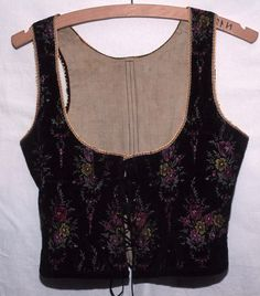 Doudlebsko Tank Tops, Women, Fashion, Moda, Halter Tops, Women's, Fashion Styles, Woman, Fasion