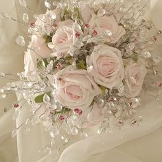 Expensive Wedding Gowns with Bling   ... bundle of flowers in the whole wedding get the least attention