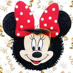 Piñata Minnie Graduada #DiseñosManualesYGraficos #SweetCraftsOax #TuLoImaginasNosotrosLoCreamos