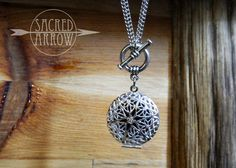 """30"""" Silver Toggle Diffuser Necklace™ - STAINLESS STEEL CHAIN – Sacred Arrow"""
