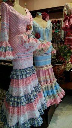Todo Ideas en moda flamenca vicky martin berrocal Flamenco Costume, Flamenco Dancers, Flamenco Dresses, Boho Fashion, Girl Fashion, Fashion Dresses, Womens Fashion, Engagement Dresses, Got The Look