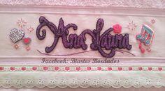 Toalha de Banho bordada em Ponto Russo - Tema Violetta da Disney - Facebook: Biartes Bordados