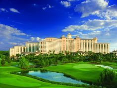 Rosen Shingle Creek - Near Aquatica - Orlando Florida Hotels, Orlando Florida, Let's Golf, Golf Course Reviews, Best Golf Courses, Golf Tips For Beginners, Discount Travel, Outdoor Pool, Trip Planning