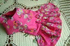 vestidinho feito em tecido de algodão com 1% de elastano. bem fresquinho. medidas: pescoço :22cm, tórax: 42cm, cumprimento: 30cm.