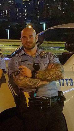 Photos of real life muscular male cops. Bald Men Style, Bald Men With Beards, Sexy Military Men, Hot Guys Tattoos, Cigar Men, Hot Cops, Scruffy Men, Hunks Men, Beefy Men
