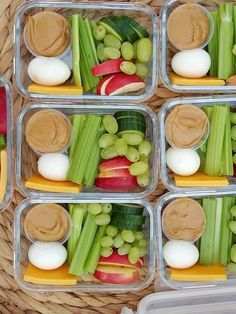 Follow these healthy meal prep ideas on Sunday nights to prepare for the week ahead and avoid last-minute cooking disasters. Healthy Snacks For School, Healthy Protein Snacks, Weekly Meal Prep Healthy, Healthy Pregnancy Snacks, Easy Healthy Meal Prep, Healthy Lunch To Go, Snack Boxes Healthy, Vegetarian Meal Prep, Road Trip Healthy Snacks
