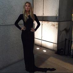 romeestrijd @romeestrijd   black dress