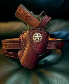 1911 Leather Holster, 1911 Holster, Custom Leather Holsters, Kydex Holster, Pancake Holster, Wilson Combat, Concealed Carry Holsters, Horse Gear, Le Far West
