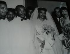 Martin Luther King, Jr and Coretta Coretta Scott King, Rosa Parks, Martin Luther King, Black Is Beautiful, Celebrity Weddings, Black History, Vintage Black, King Jr, Celebrities