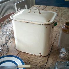 Genuine vintage enamel bread bin large by HenryPaintsFurniture