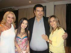 Helena França, Brisa Lima, Francisco Cavalcante e Silvia Sales. Família presente no lançamento da Rede Social Politicabook