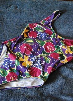 Kup mój przedmiot na #vintedpl http://www.vinted.pl/damska-odziez/body/15373994-body-w-kwiatki-wyciete-plecy-r-m