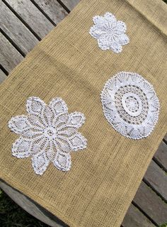 Burlap Table runner with Doilies