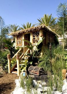 Maybe someday I'll build this hut in the backyard :) (Marilyn, I want to build it in MY backyard, too!)