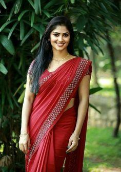 Beautiful Blonde Girl, Beautiful Girl Photo, Beautiful Girl Indian, Most Beautiful Indian Actress, Beautiful Saree, Beautiful Models, Cute Beauty, Beauty Full Girl, Beauty Women