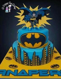 Batman Cake Designs (20)
