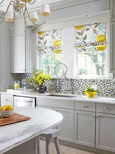 Since the kitchen is the heart of your home, it is the perfect place to have an eye-catching mosaic pattern.