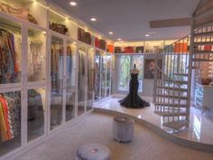 See inside the Houston home with the 'largest closet in America' which cost $500000 to build