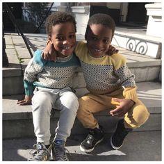 "s t y l i n g & c o n c e p t op Instagram: ""How cute do my favorite twins look in these Chuncky Knit Sweaters from @bonniemob #sweaterwheather #knitwear #mob_rules #kidsfashion #kidsstyling #kidsstylist #ninaelenbaas #twins"""