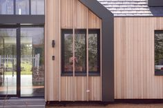 Architect Select® Western Red Cedar cladding coated with SiOO:X Rainscreen Cladding, Larch Cladding, Wall Cladding, Timber Walls, Timber Deck, Western Red Cedar Cladding, Parquetry Floor, Hardwood Decking