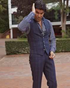 When you are happy and like to dress up just for yourself and walk into work with a big smile and sharp looks, you need something to wear that carries your happiness and positivity. Try this feel good suit. You can thank us later!